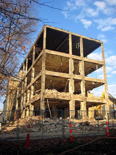 Masonry Building Framed : Vanishing stl upon destruction shoenberg reveals its