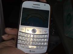 Blackberry Bold - White