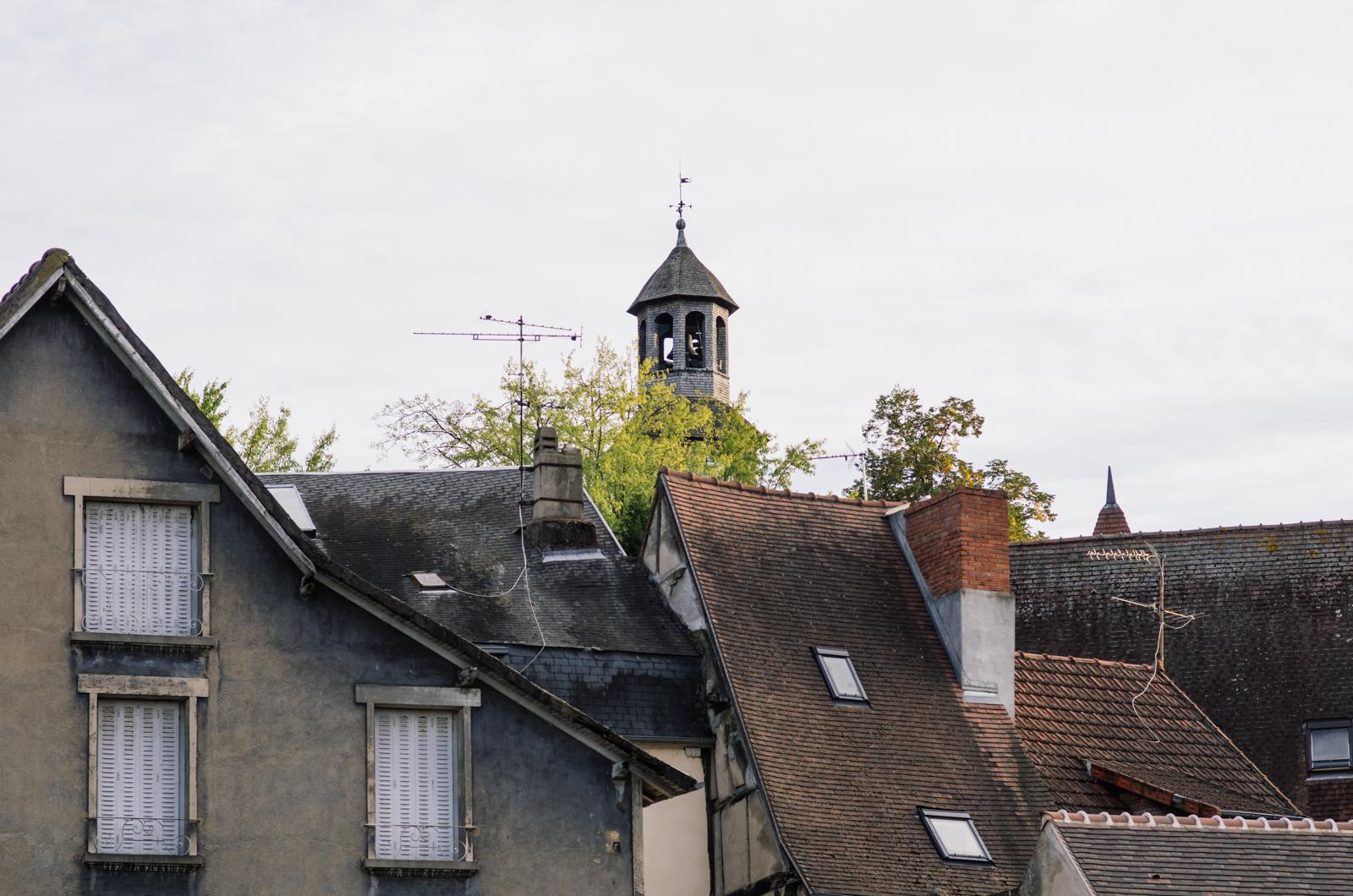 Dans l'Allier, des pagodes dans le bocage - carnet de voyage en France