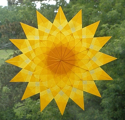 Paper Craft 133 Photos | Gold Sunburst Window Star | 092