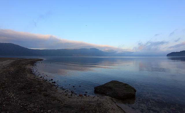 View / 湖畔(こはん)