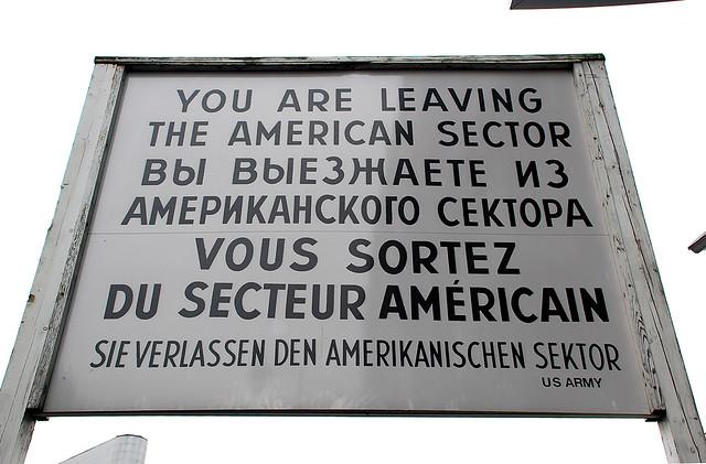 You are leaving the american sector sie verlassen den amerikanischen