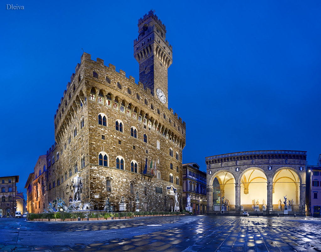 Signoria square palazzo vecchio florence italy tuscany for Is florence in tuscany