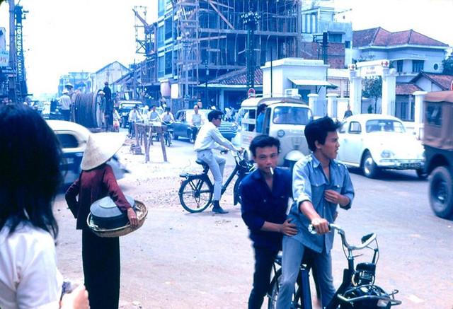 đường Hai Bà Trưng - Tân Định