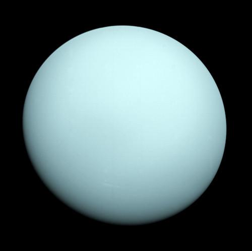 Uranus_Voyager_2