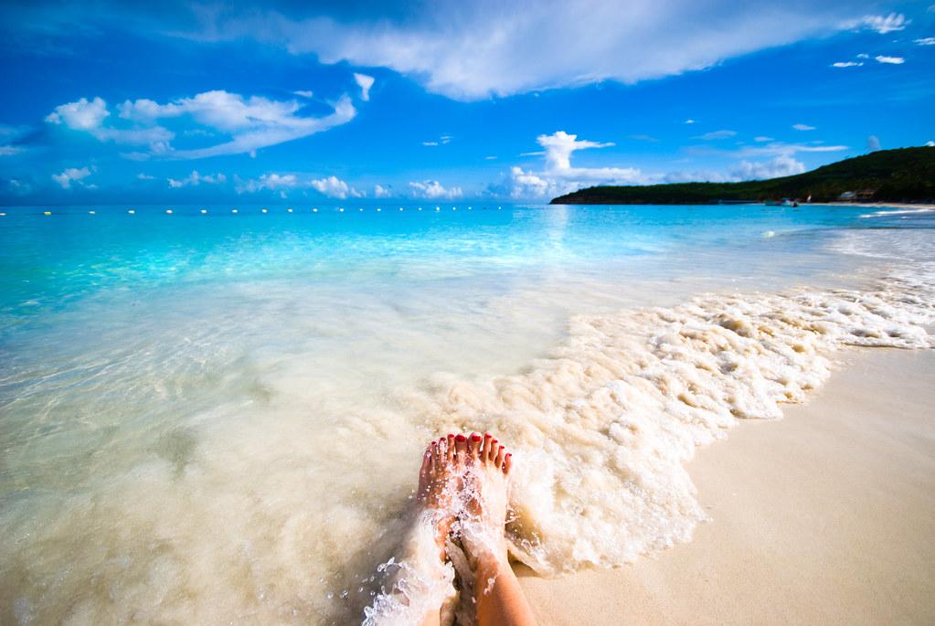 Таня на утреннем пляже 12 фотография