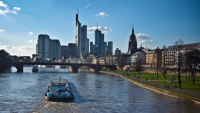0003 - Frankfurt skyline