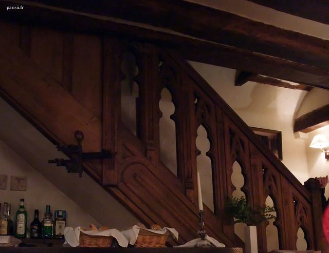 Auberge nicolas flamel dans la plus ancienne maison de for Auberge de retord maison bouvard