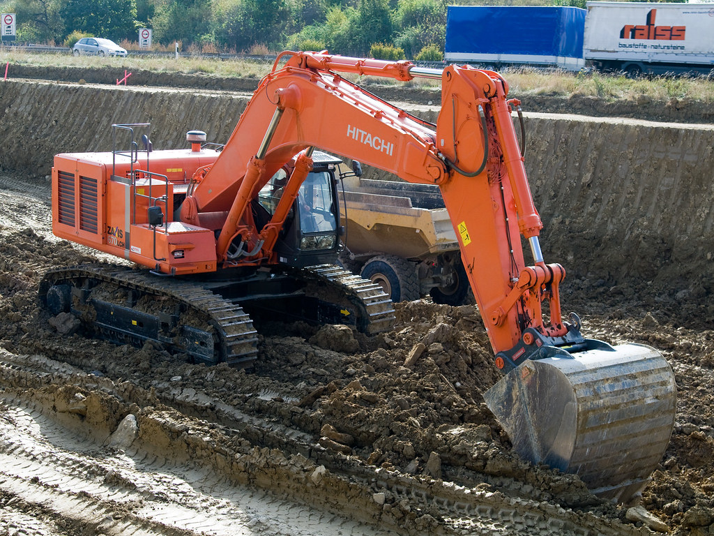 Hitachi Zaxis 670 Lch Pictures