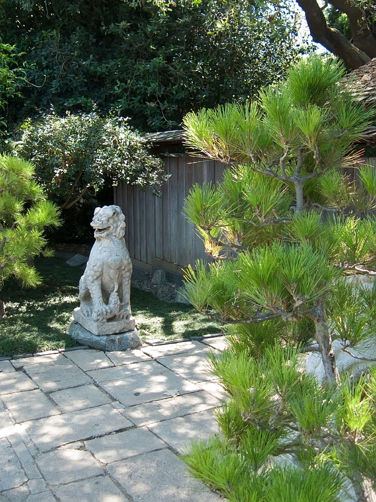 Guardian Lion In Japanese Gardens At Huntington Gardens