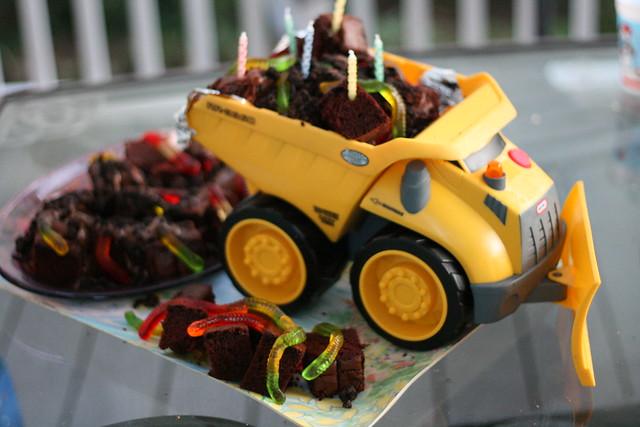 Dump Truck Cake | Explore alex.ragone's photos on Flickr ...