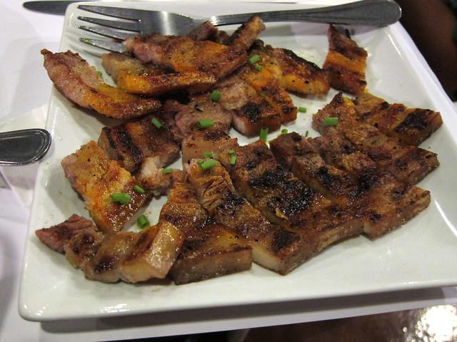 Inihaw na liempo at Antonio's Grill, Tagaytay