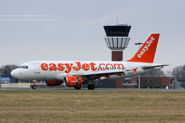 LIL - Airbus A319-111 (G-EZBX) EasyJet