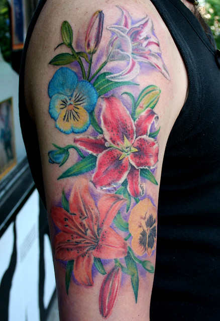 flowers tattoo by MIrek vel Stotker