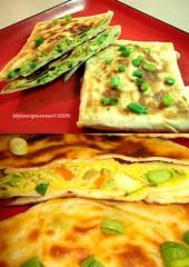 bread(0.0), frittata(0.0), produce(0.0), naan(0.0), omelette(0.0), meal(1.0), breakfast(1.0), flatbread(1.0), vegetarian food(1.0), murtabak(1.0), tortilla(1.0), baked goods(1.0), jeon(1.0), food(1.0), dish(1.0), quesadilla(1.0), cuisine(1.0), tortilla de patatas(1.0),