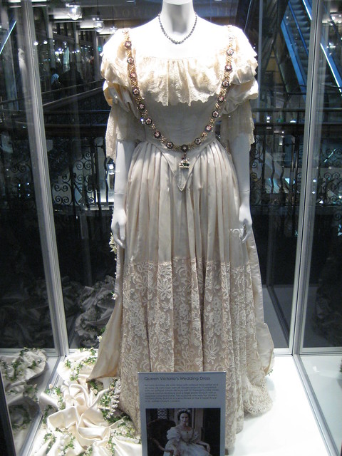 The Young Victoria Costumes Queen Victoria 39s Wedding Dress