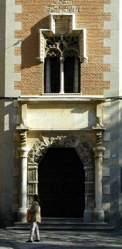 Fachada de la Audiencia de Toledo