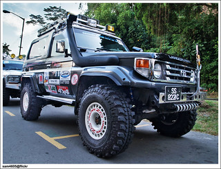 4x4 Borneo Safari 2009 Flag Off - Toyota Landcruiser BJ73