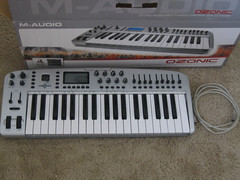 synthesizer, electronic device, nord electro, musical keyboard, keyboard, electronic musical instrument, electronic keyboard, music workstation, electric piano, digital piano, electronic instrument,