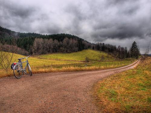 autumn clouds forest landscape olympus hdr höst landskap countryroads photomatix grusväg e520 olympuse520 100commentgroup kinnahult harpebo gudsås peternyhlén