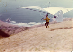 adventure(1.0), wing(1.0), air sports(1.0), sports(1.0), recreation(1.0), glider(1.0), outdoor recreation(1.0), windsports(1.0), wind(1.0), hang gliding(1.0), gliding(1.0), flight(1.0),