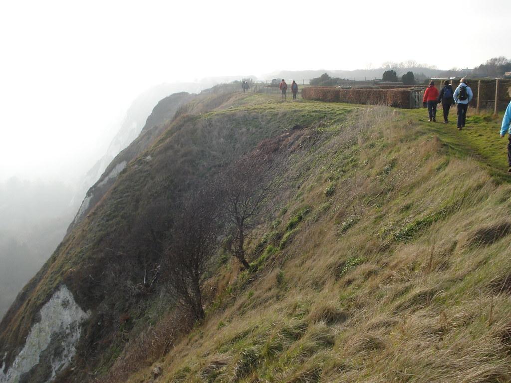 On the cliff edge Extra walk 13: Folkestone circular