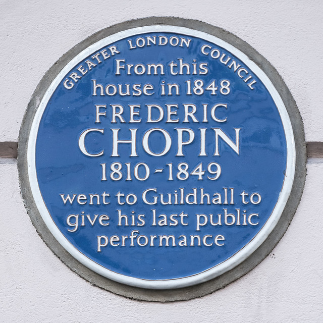 Frédéric Chopin blue plaque - From this house in 1848 Frederic Chopin 1810-1849 went to the Guildhall to give his last public performance