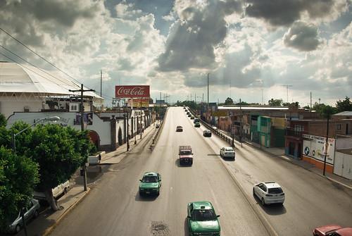 auto plaza sky urban clouds mexico avenida san sony perspective taxis cielo nubes universidad luis perspectiva autos alpha scenes potosí slp plazadetoros sanluispotosi nohdr ferminrivera plazaelpaseo