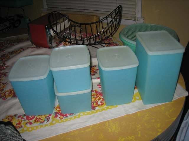 Better Picture of my blue tupperware