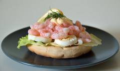invertebrate(0.0), smoked salmon(0.0), hors d'oeuvre(1.0), shrimp(1.0), meal(1.0), ceviche(1.0), seafood(1.0), bruschetta(1.0), produce(1.0), food(1.0), dish(1.0), cuisine(1.0),