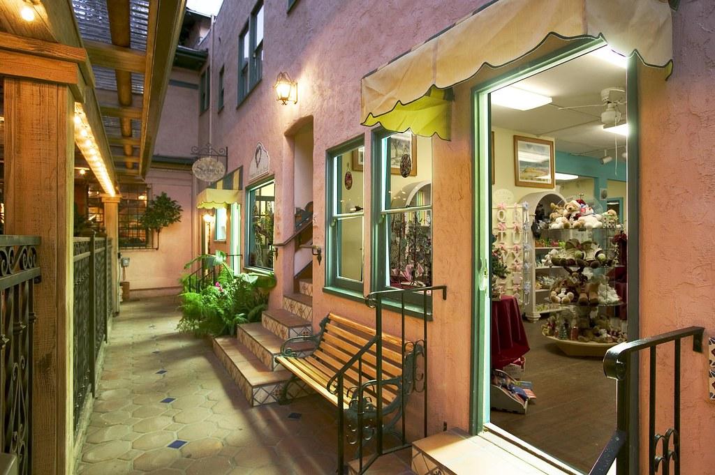 El Cordova hotel Shops