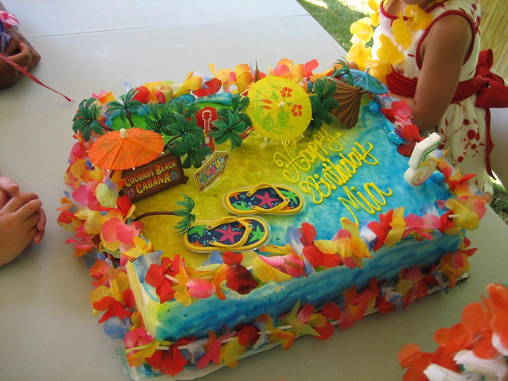 Mias Hawaiian Luau Birthday Party Cake A Photo On Flickriver