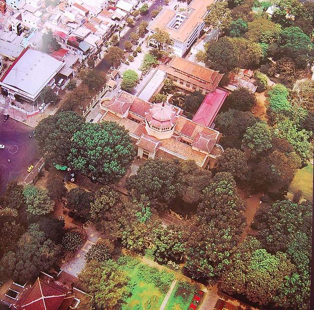 SG 2002 Bao Tang Vien