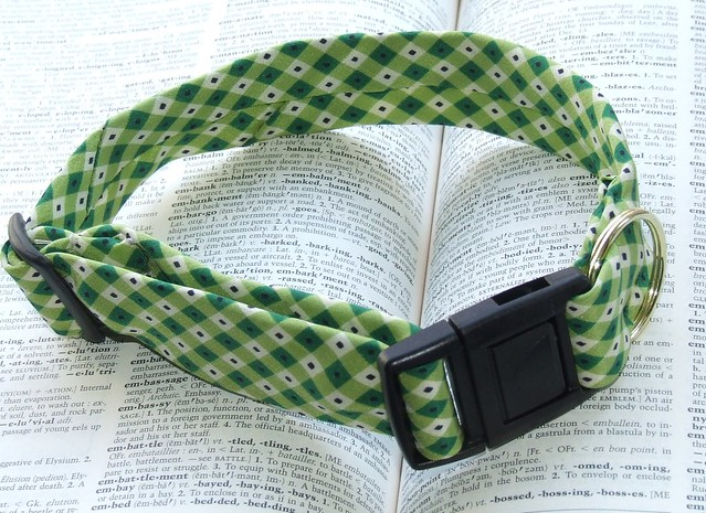 sold ~ green funky necktie pet dog collar