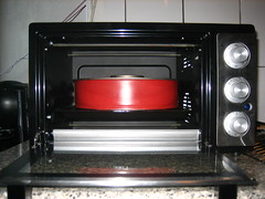 automotive exterior(0.0), kitchen stove(0.0), bumper(0.0), kitchen appliance(1.0), home appliance(1.0),