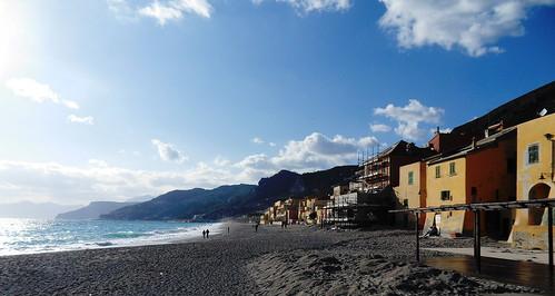 sea sky italy beach riviera mare liguria cielo finale spiaggia finaleligure ligure varigotti ponente paesaggidimare