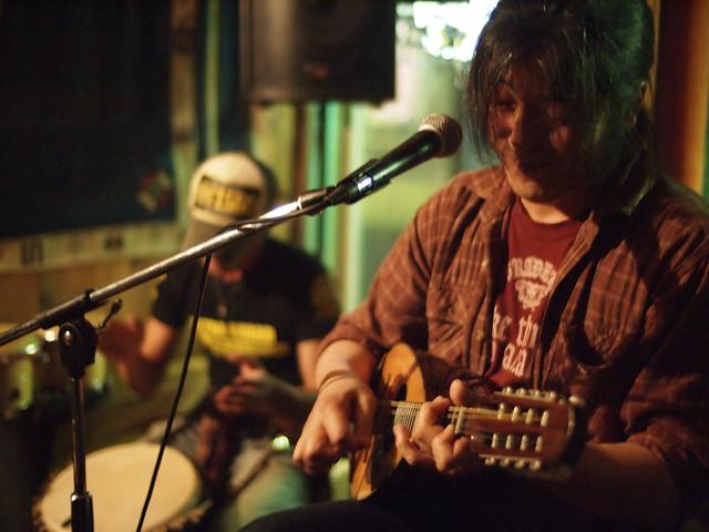 100 FEET live at Free BarD, Tokyo, 19 Jun 2011. 094