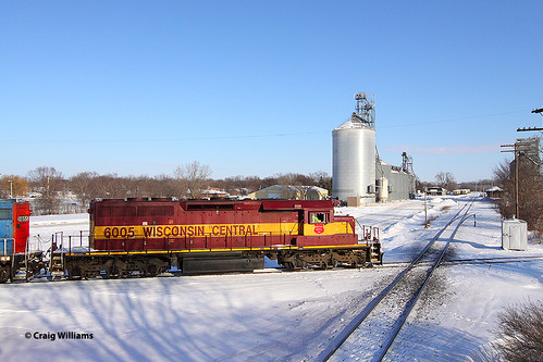 WC 6005 L57691-11 Southbound at Charles City IA