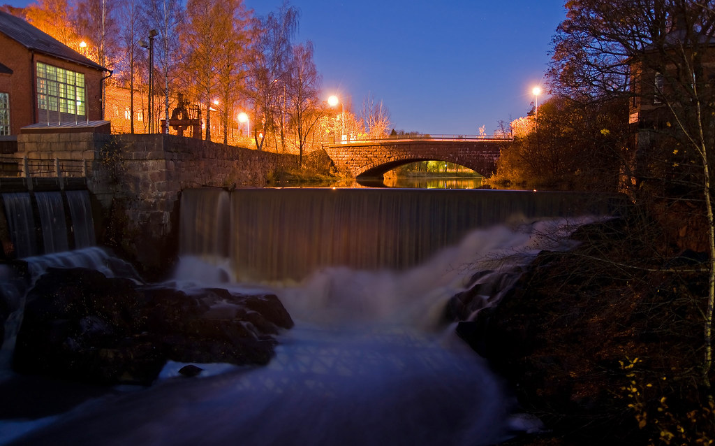 Oldtown's waterfall in Viikki by s.autio