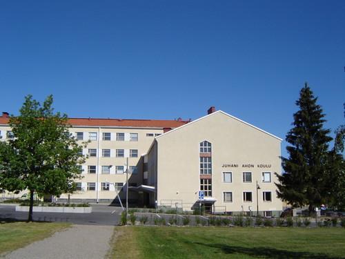 Iisalmen Tyttölyseo 1957-1974 (nyk. Juhani Ahon peruskoulu)