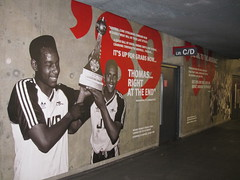 The world 39 s best photos of arsenalisation flickr hive mind for Arsenal mural emirates