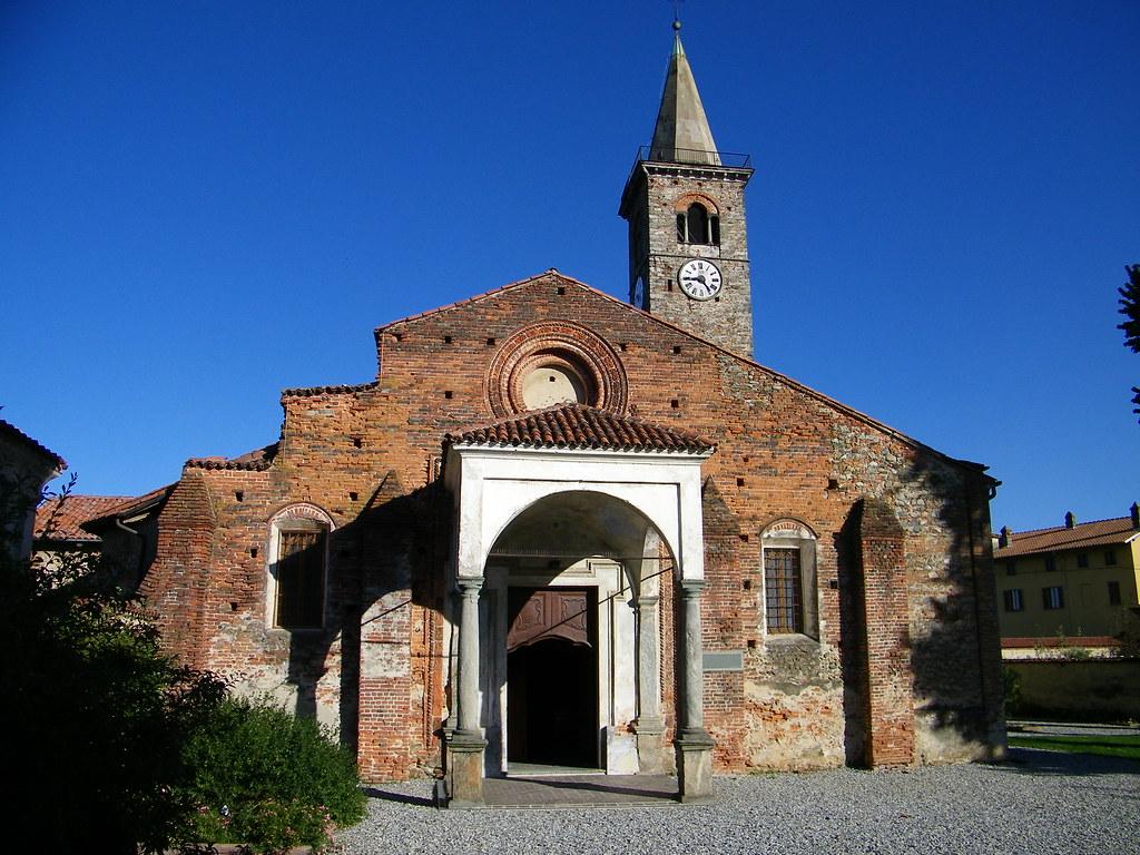 Immagini del biellese 1 salussola bi chiesa santa for Biella arredi salussola