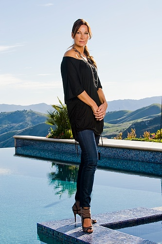 Siv Cotton at her home in Bell Canyon, California, on January 24, 2010.  Photo © Eric Wolfe / TV3 (Norway)