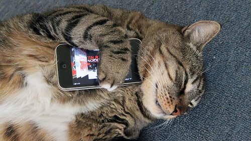 Meatloaf Loves His iPhone