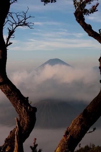#14 - Mount Batok & Mount Semeru