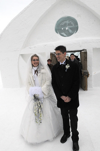 Marie Eve Alexandre 39 S Ice And Snow Winter Wedding
