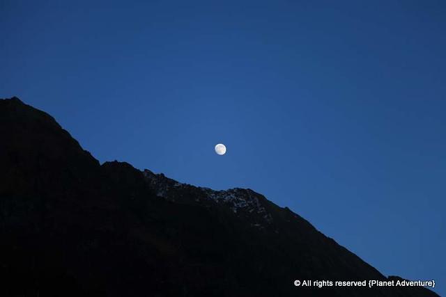 Moon - Lower Pisang - Annapurna Cicruit Trek - Nepal