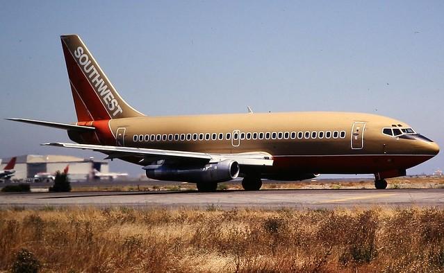 Southwest Boeing 737-200