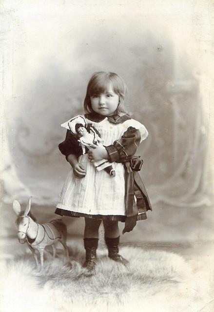 Margaret J (Rita) Lynas born 1902