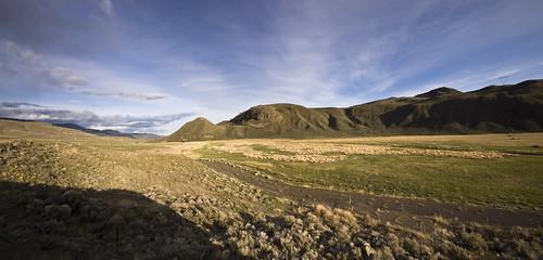 panorama canada mountains green nikon bc hills arid grasslands vast bcinterior sigma1020 ranchland thompsonnicola nihovalley